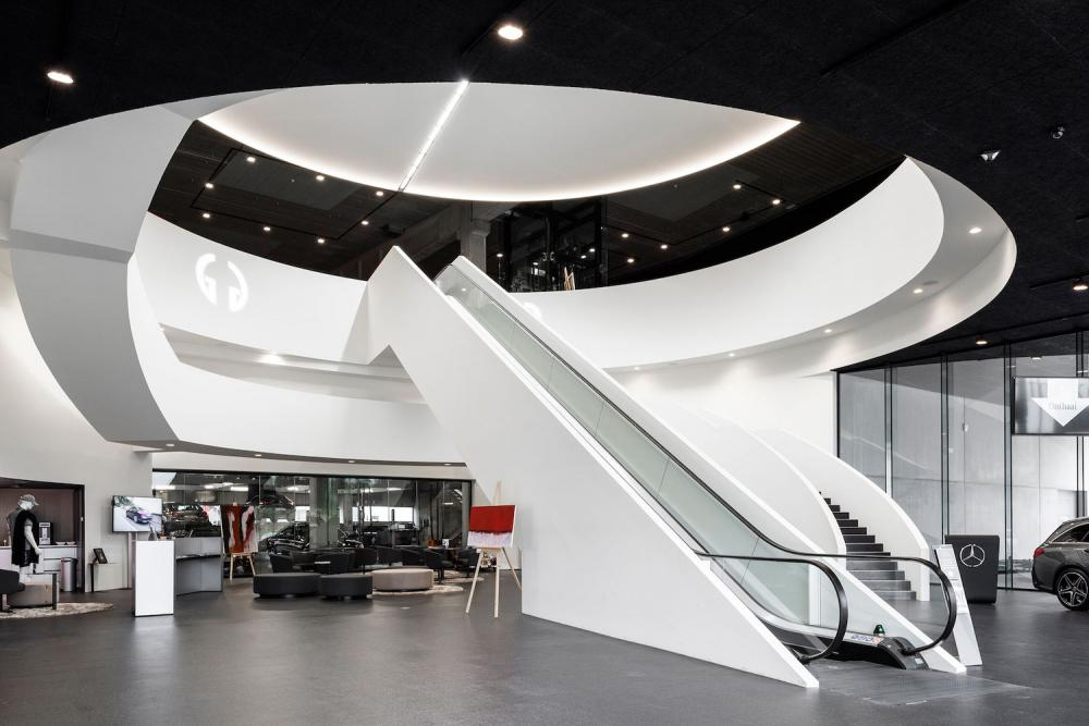 De Laere Decor showroom garage winkelinrichting totaalinrichting commercieel